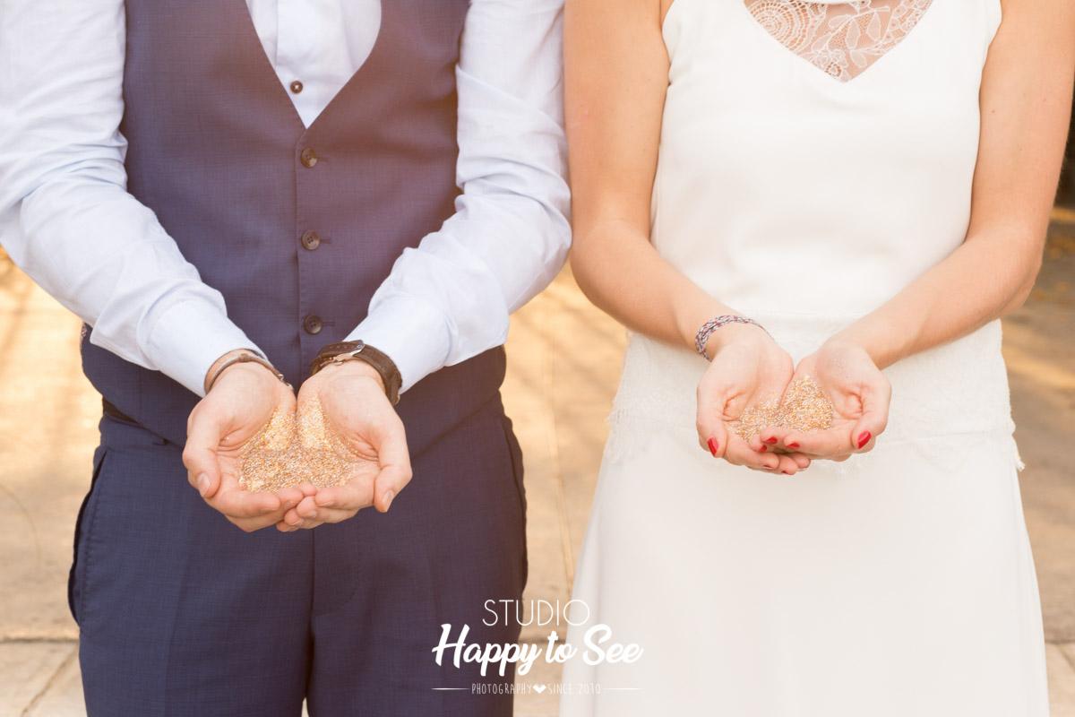 seance photo mariage toulouse avec des paillettes dorees