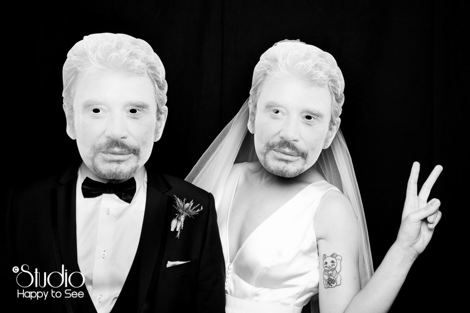 Studio Photo Mariage masque Johnny Halliday