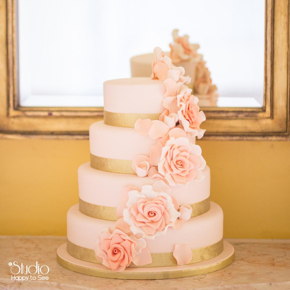 wedding-cake-rose-poudre