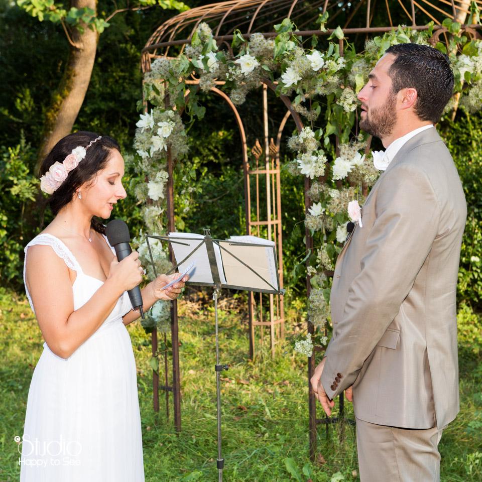 mariage-ceremonie-laique-au-chateau-de-la-vere