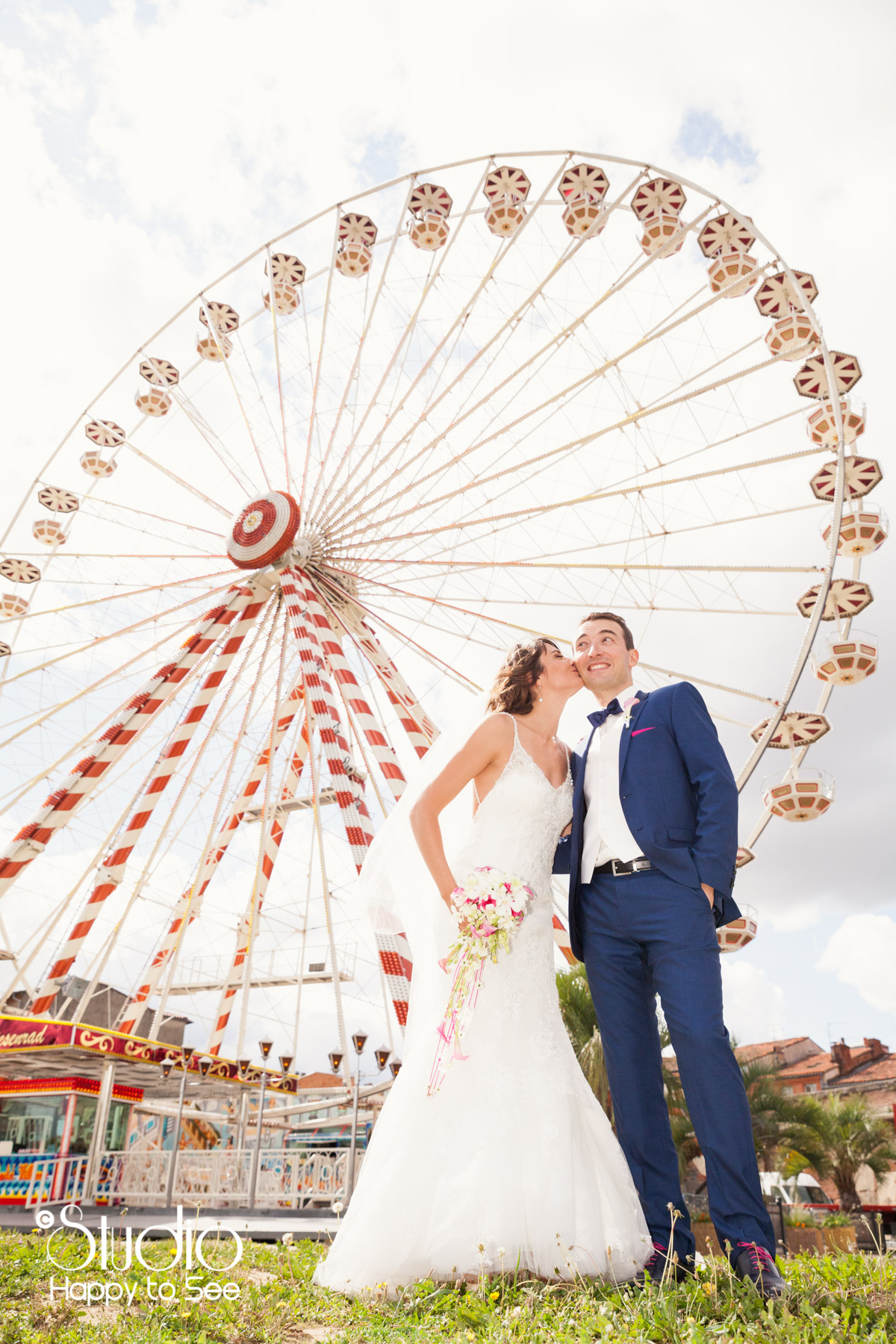 Seance photo mariage colore a la grande roue Toulouse