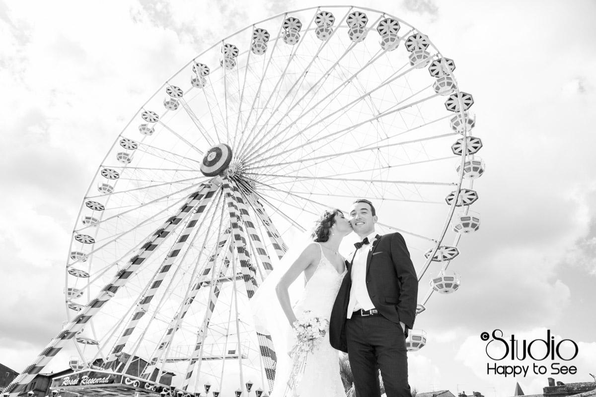 Seance photo mariage a la grande roue Toulousaine