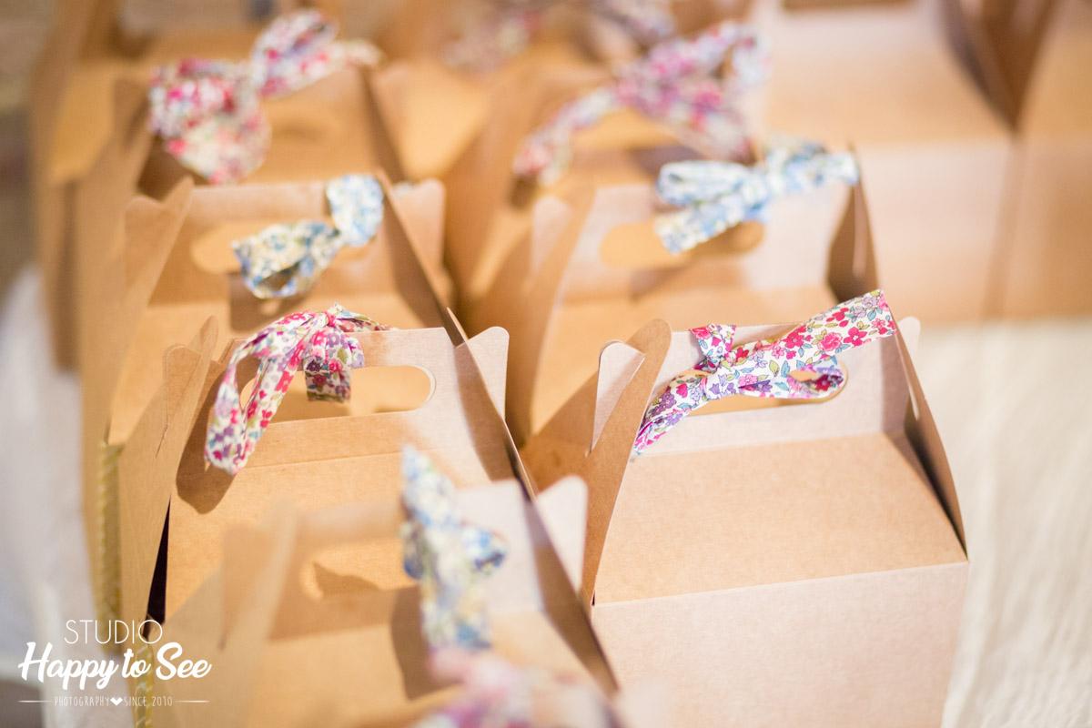 Cadeau mariage boite cartonnee ruban liberty