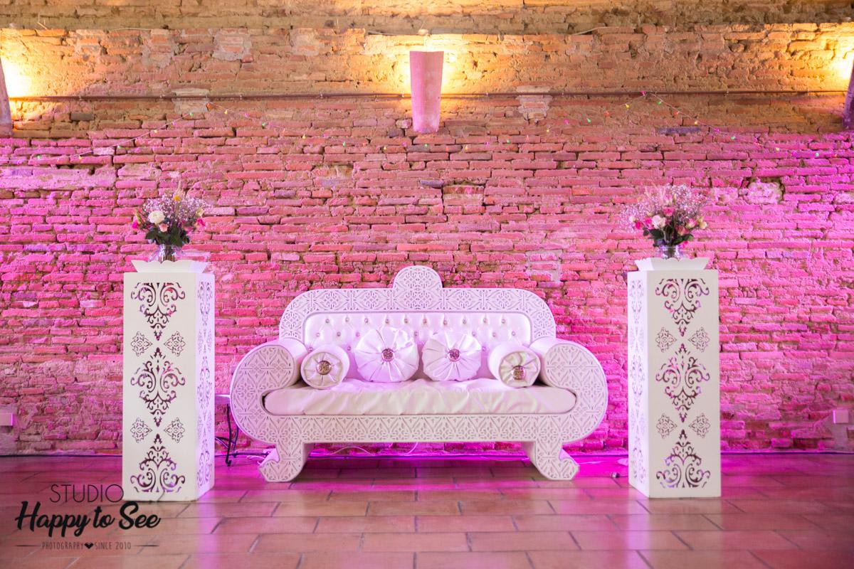 trone salle de reception chateau de merville mariage oriental