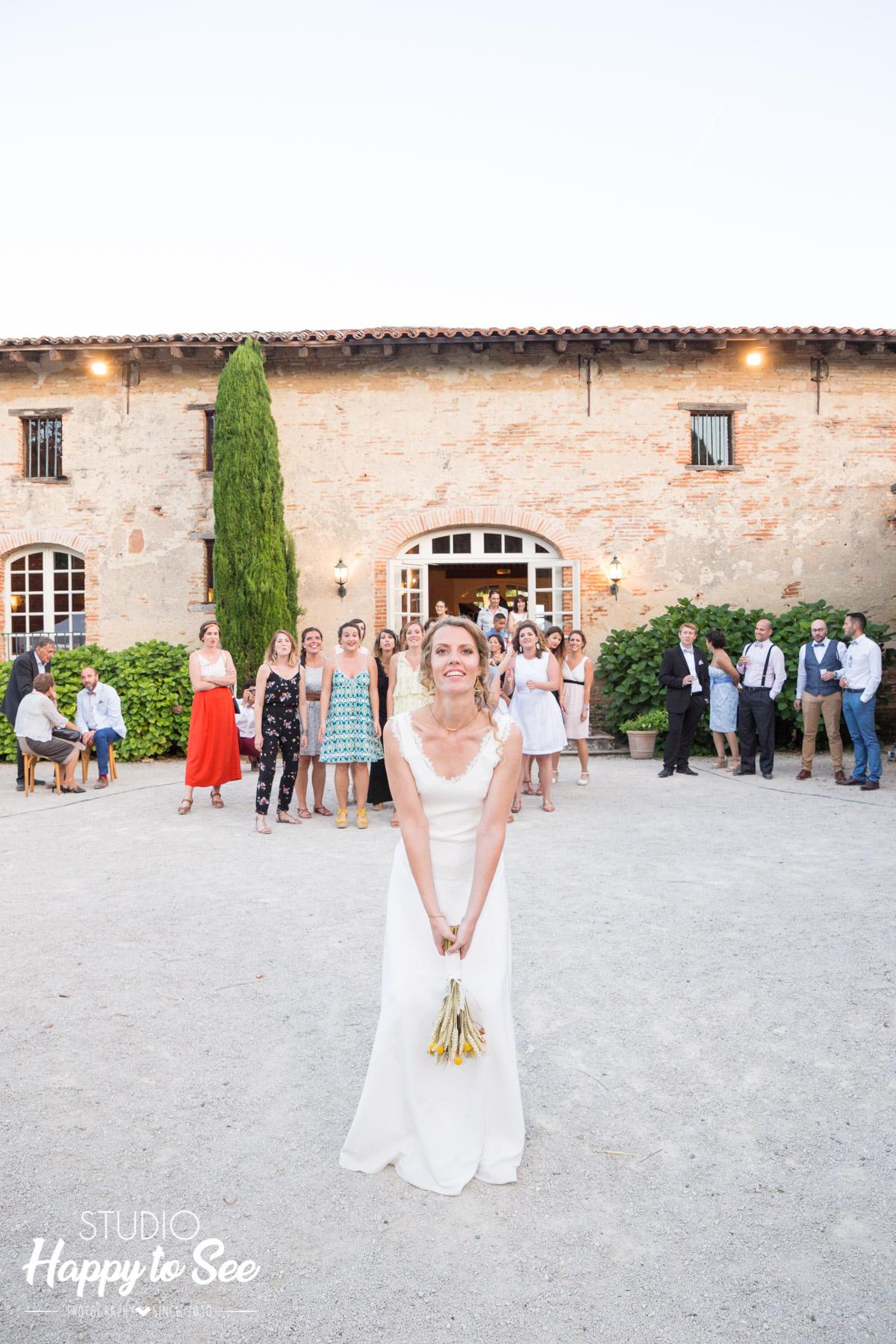 mariage chateau de merville lancer bouquet