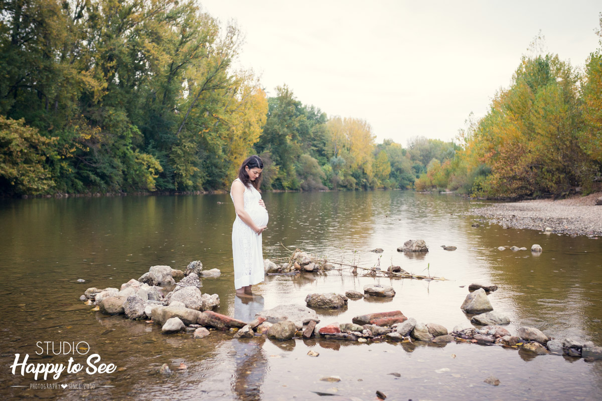 Photographe Toulouse Albi seance grossesse au bord du Tarn