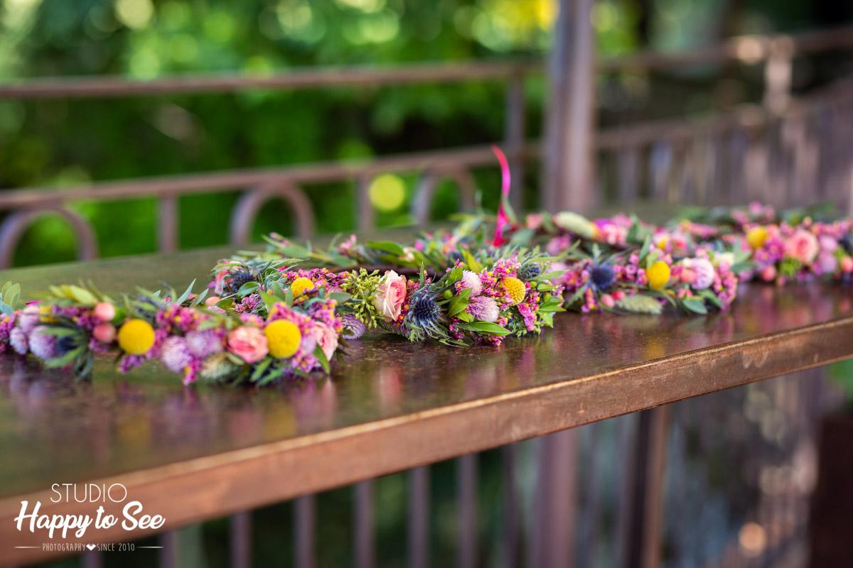couronnes de fleurs mariage témoins