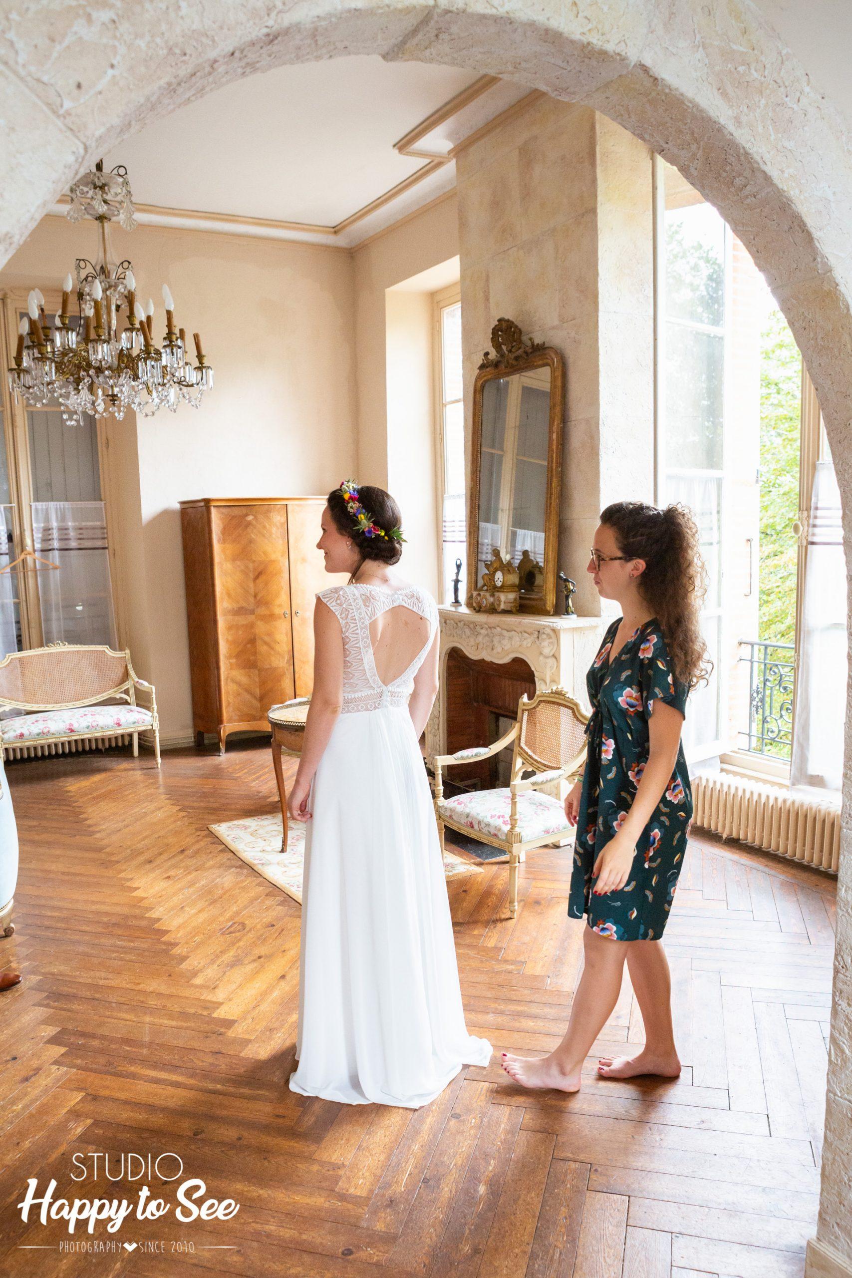 Habillage de la mariée chateau du croisillat